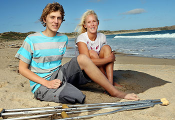 438872decdc While in Australia for the Roxy Women s Pro shark attack survivor Bethany  Hamilton had the chance to meet with Zac Goleblowski